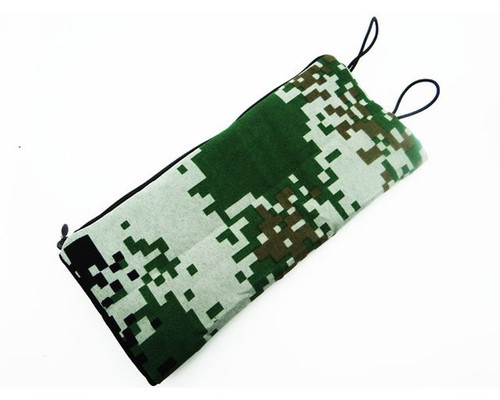 Hot Racing ACC58CJ05 1:10 Special Forces Digital Camouflage Sleeping Bag