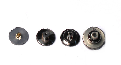 Savox SGSV1270TG GEAR SET WITH BEARINGS
