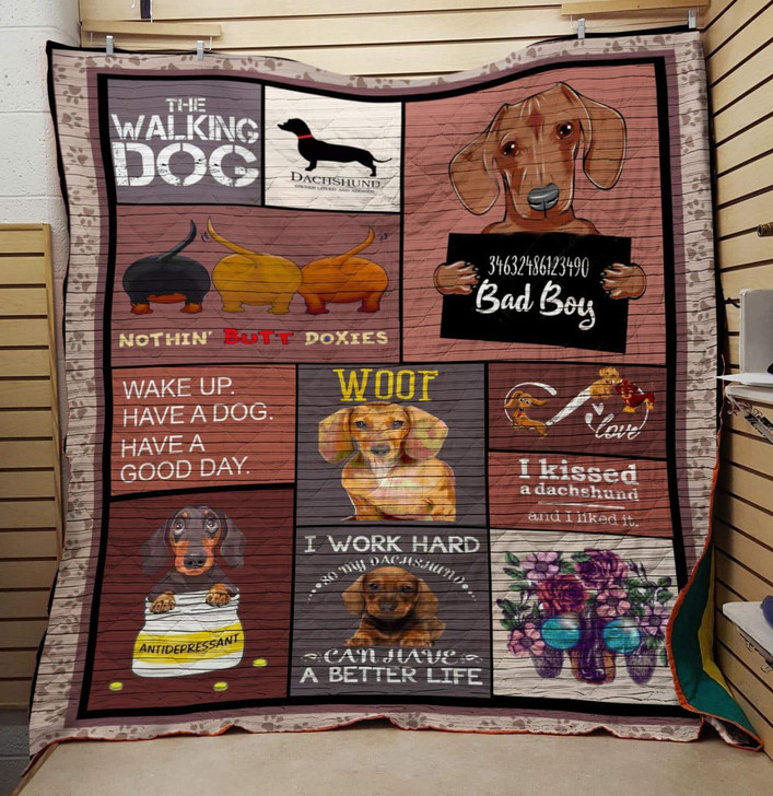 The walking dog quilt On Sale! Design By Dalabshop.com