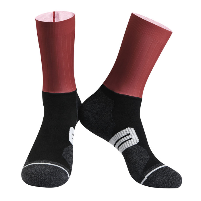 Urban+ Colours Coolmax Socks - red
