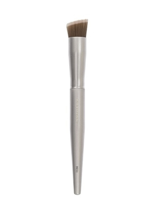 KRYOLAN PREMIUM DEFINING BRUSH