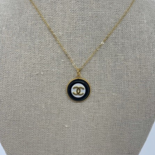 Coco Chanel Gold Necklace Flat Black White Gold CC