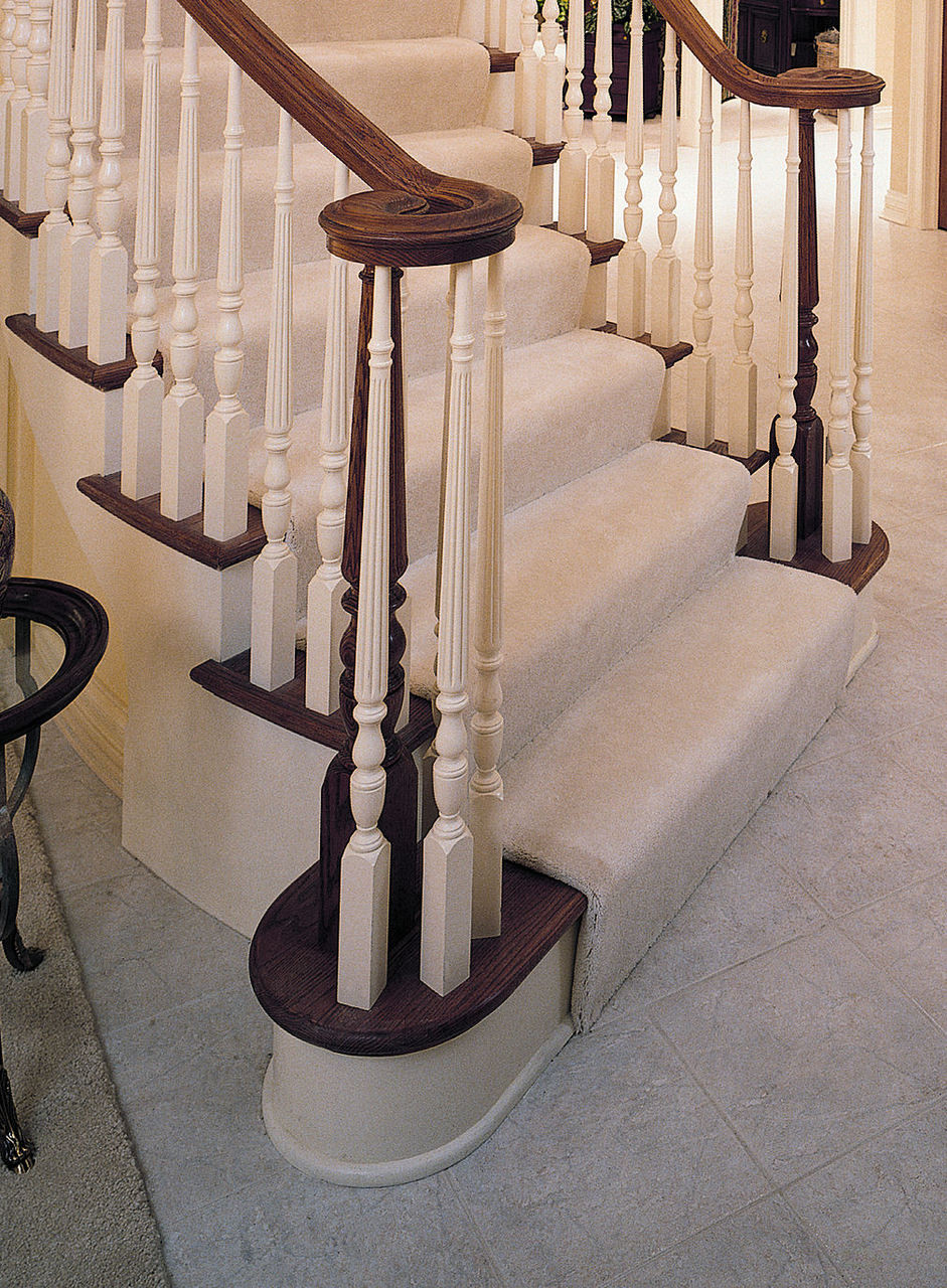 4810R Reeded 1800s Pin Top Universal Newel Post