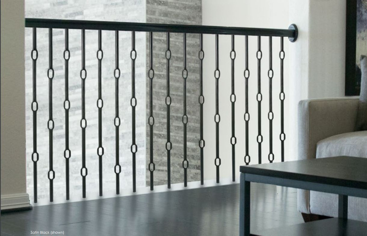 Wentworth Round Triple Ring Balusters