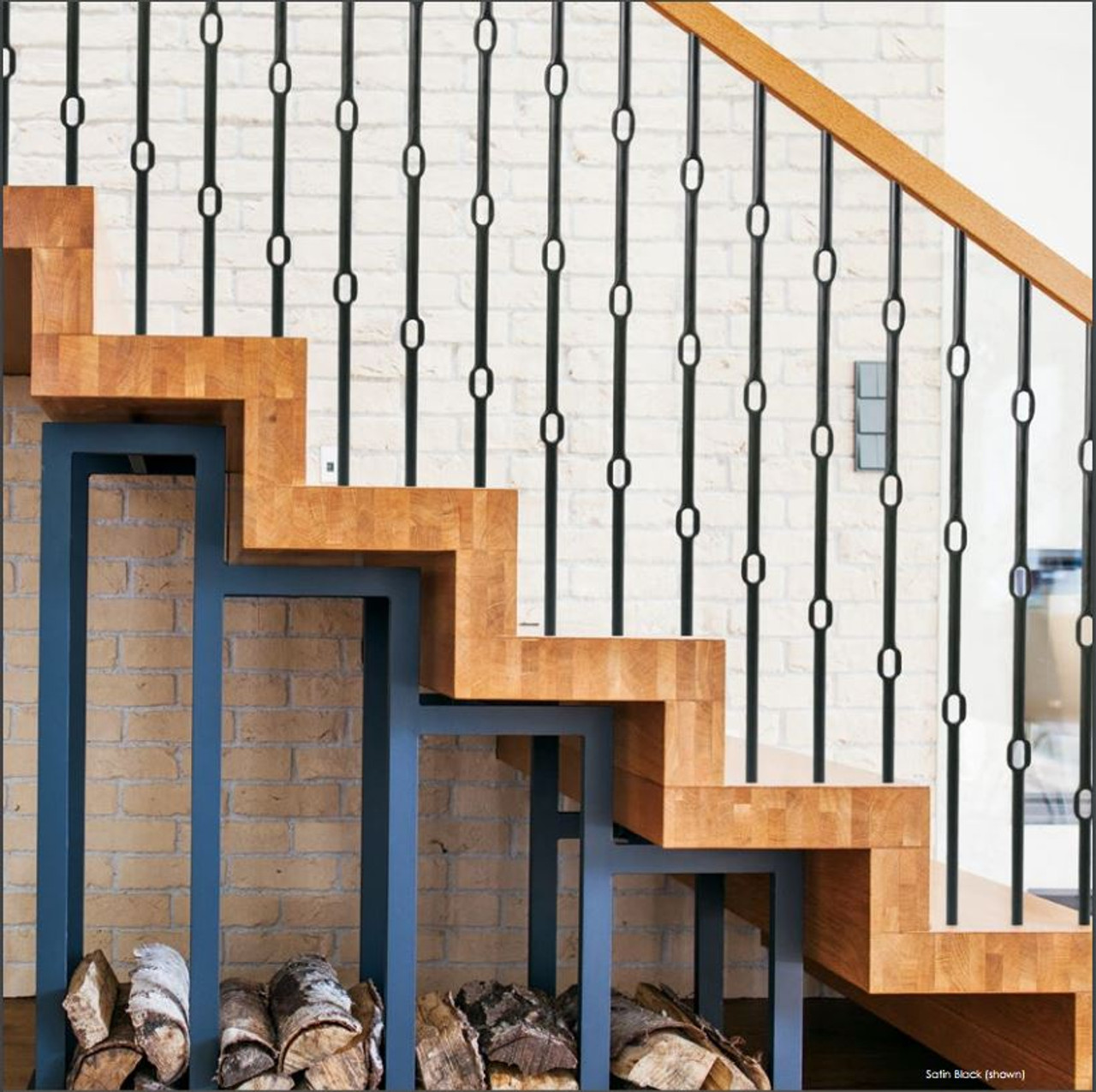 Wentworth Round Triple Ring Balusters in Satin Black