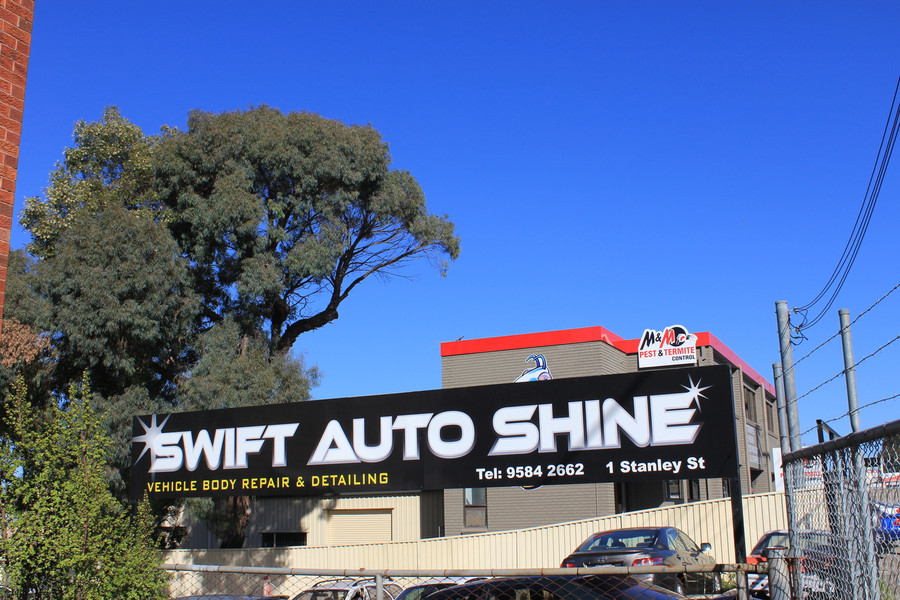 Shop Sign with digital printed reflective vinyl