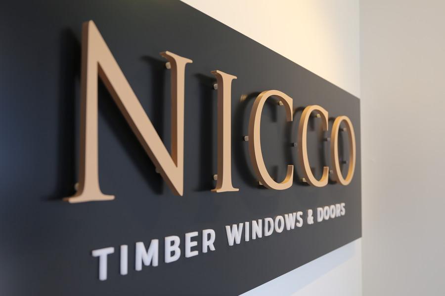 Nicco Floating 3D Reception Board