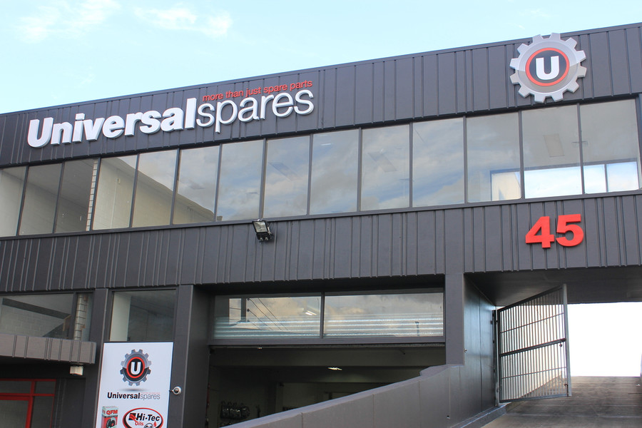 Universal Spares Building Signage