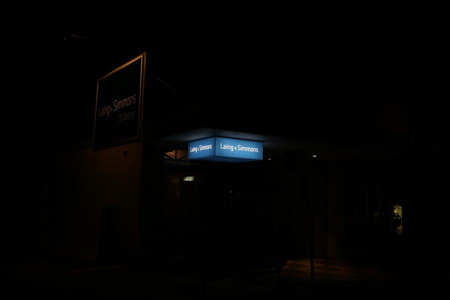 Laing Simmon LED Light Box