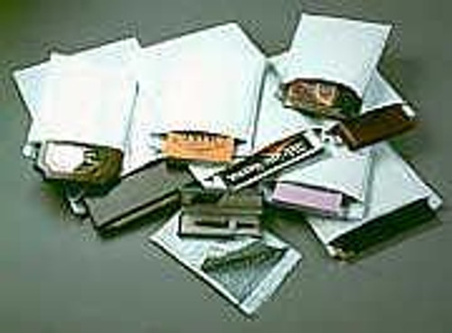 "10 1/2"" x 16"" White Self Seal Bubble Mailer Envelope"