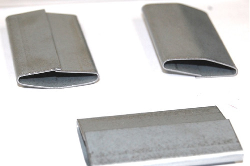 """1 1/4"""" Push-On Heavy Duty Steel Strapping Seals"""