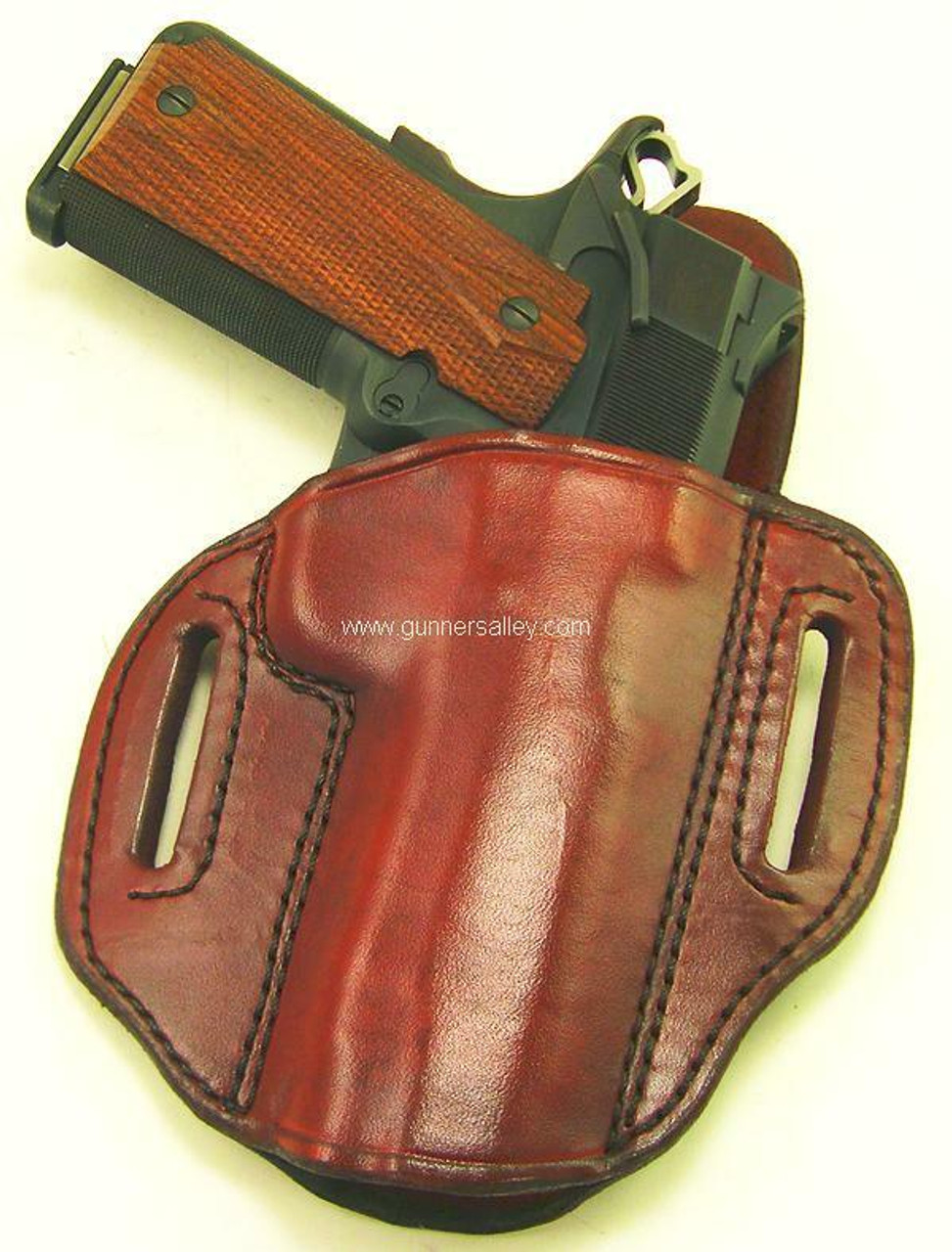 Shown with a 1911 Commander (4.25 inch barrel) - Saddle Brown - Right Hand