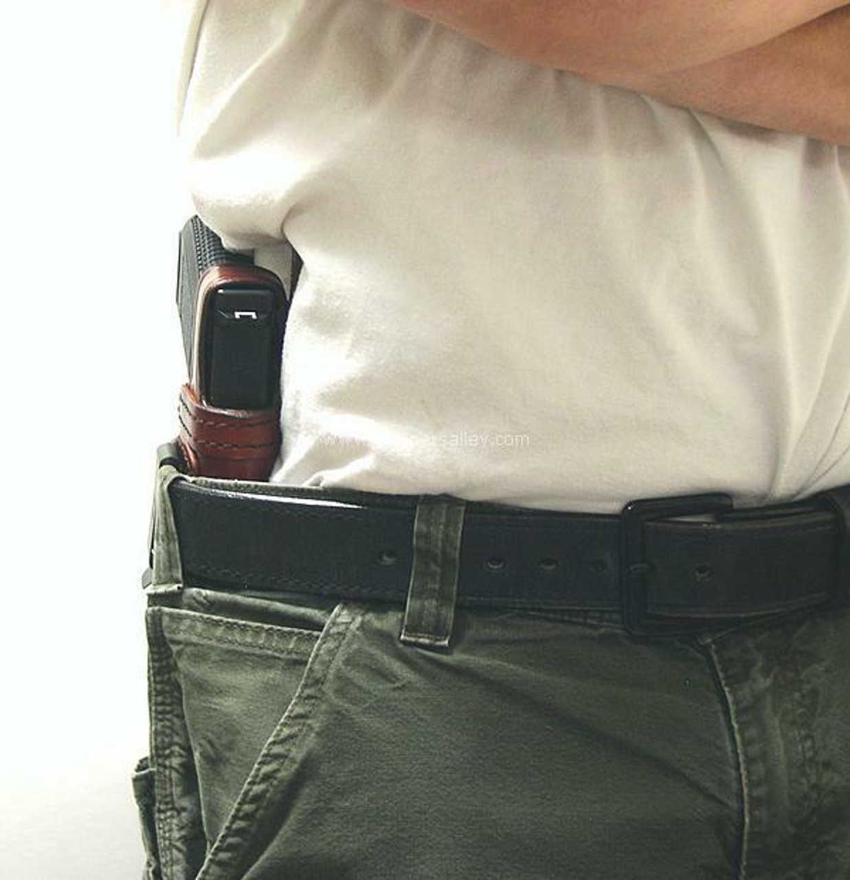 Right Hand - Profile View - Shown on the Belt with a Glock 19 for Demonstration Purposes