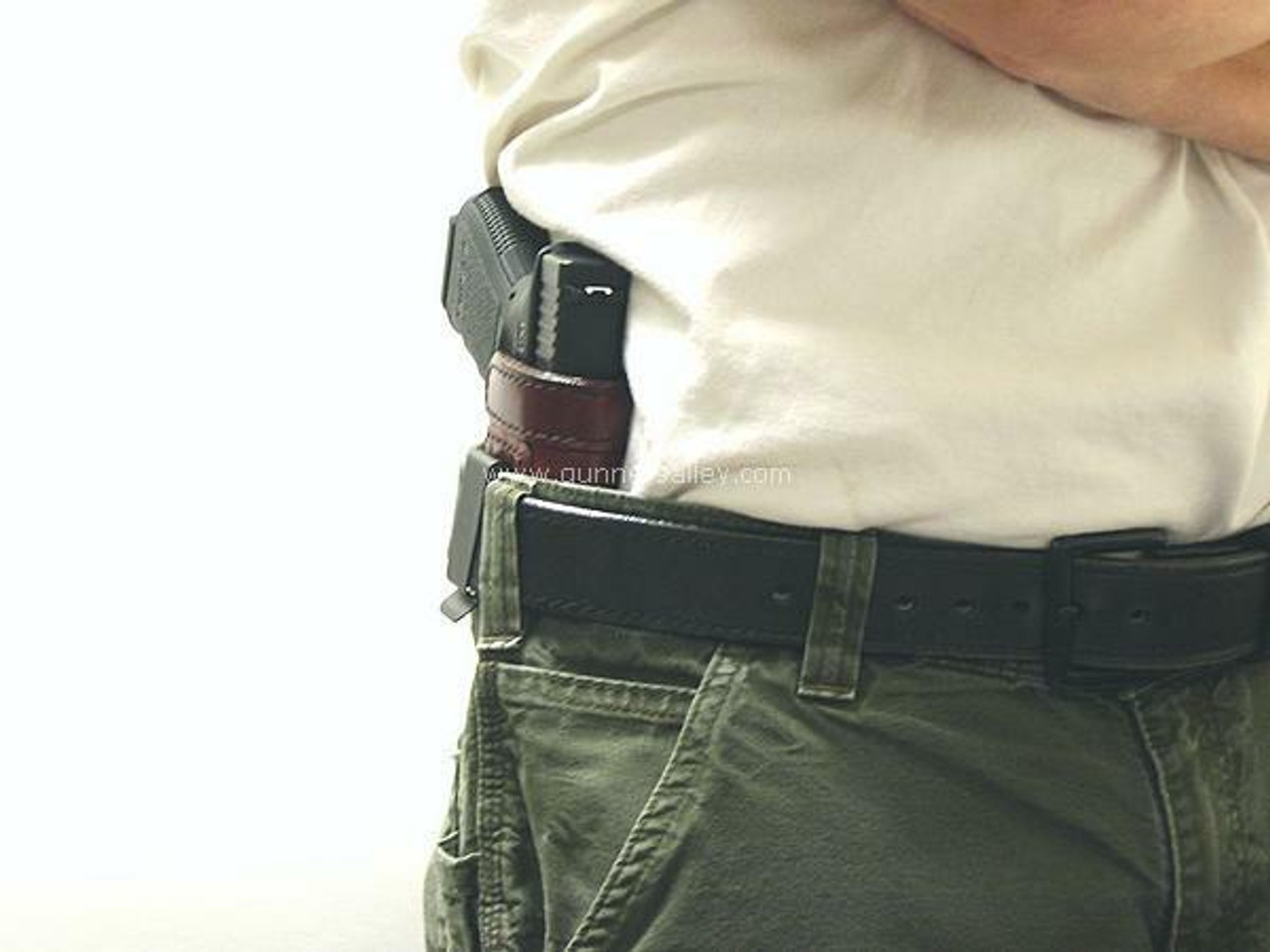 Profile View - RH Model - Shown on the Belt with a Glock 19 for Demonstration Purposes