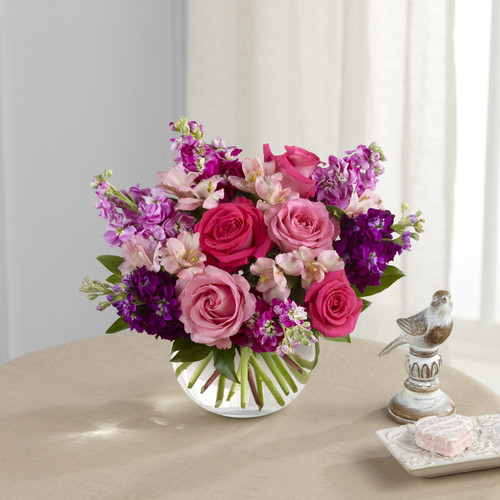 Tranquil Bouquet Flowers Inglewood California