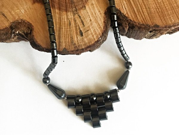 Hematite Seed Bead & Silver Tone Contemporary Necklace