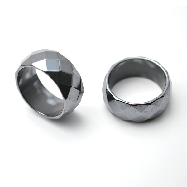 6mm Magnetic Hematite Faceted Ring