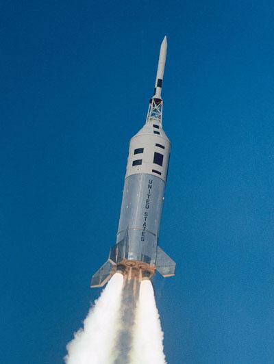 400px-apollo-little-joe-ii-liftoff-december-8-1964-cropped.jpg