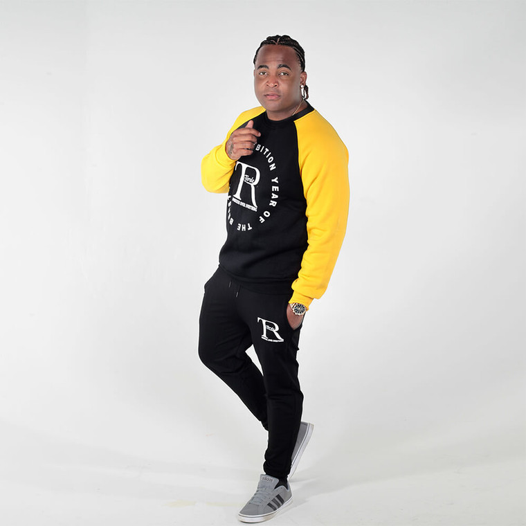 Black joggers for men and women