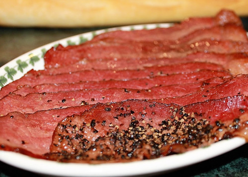 Mountain Smokehouse Peppered Beef Bacon cooked