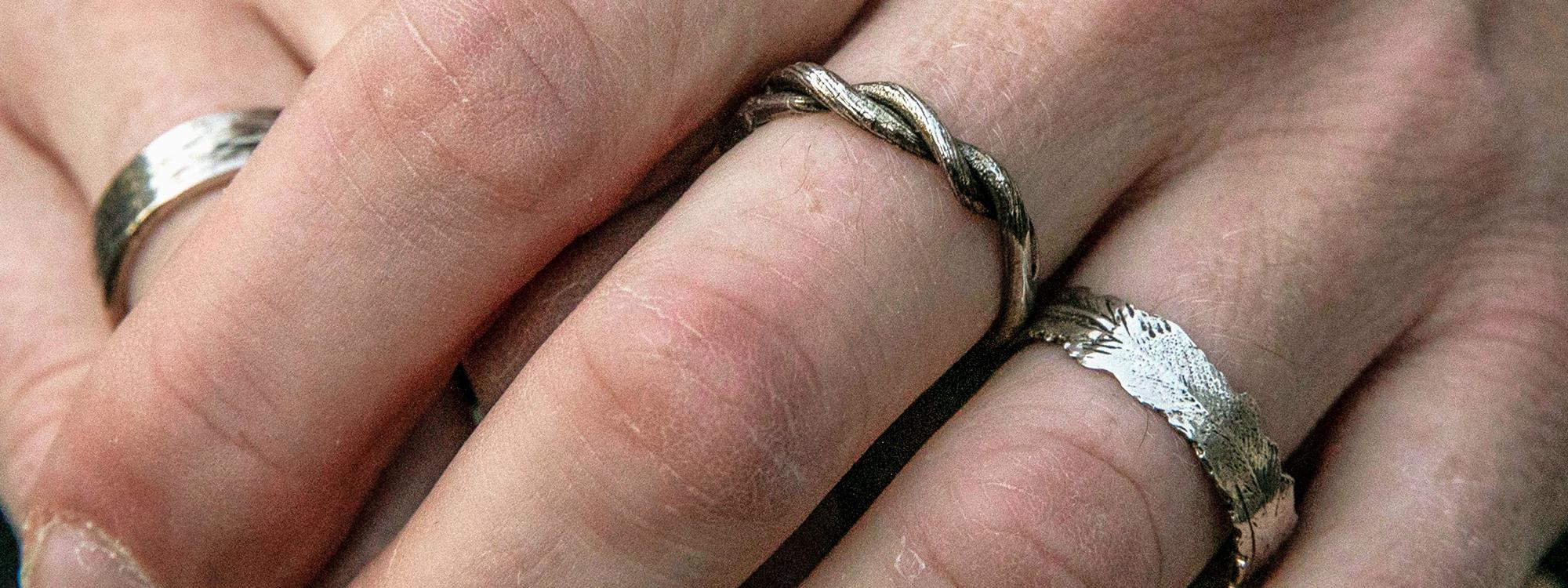 mens-silver-wedding-bands.jpg