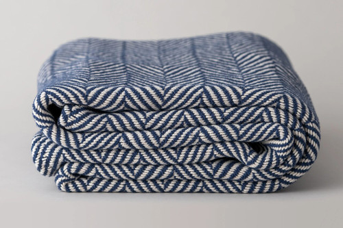 100% Made in the USA Organic Cotton Blankets - White/Blue