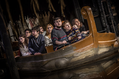 This is the watery scent unsettles visitors as they float through the black caves of The Edinburgh Dungeon's Galloway Boat Ride. With notes of sea salt, grimy rocks and bones!