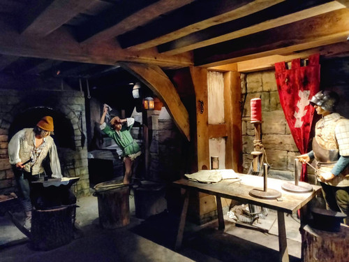 The smoky aroma used in the Kingmaker blacksmith scene at Warwick Castle!