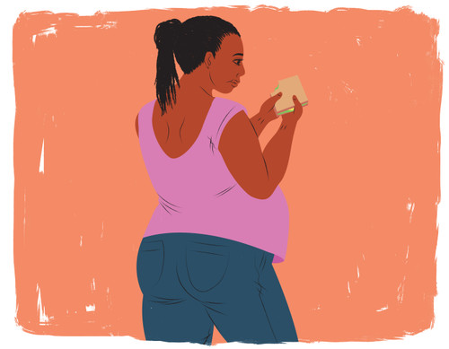 Pregnant woman eating lunch