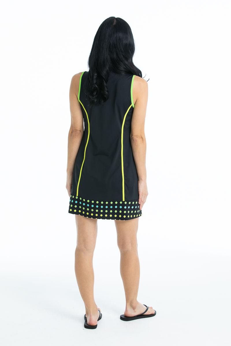 women wearing black sleeveless golf dress and flip flops