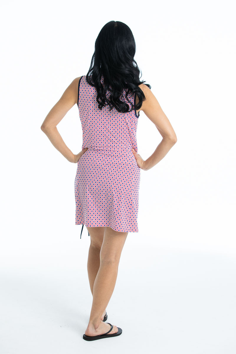 Woman in Rouched and Ready sleeveless golf dress  - foulard print