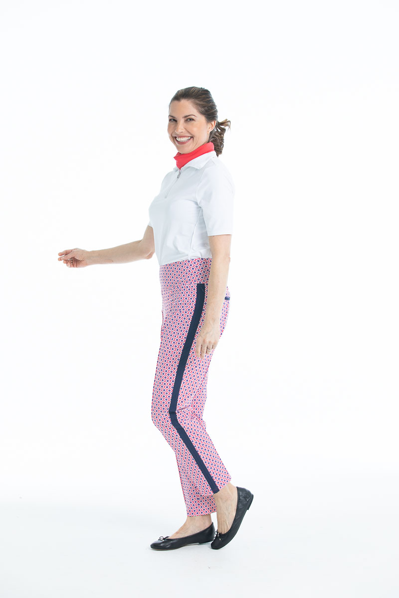 Woman in Tailored Track golf pant - Foulard print