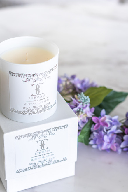 Etessam Just an 1llus1on - 11oz Candle