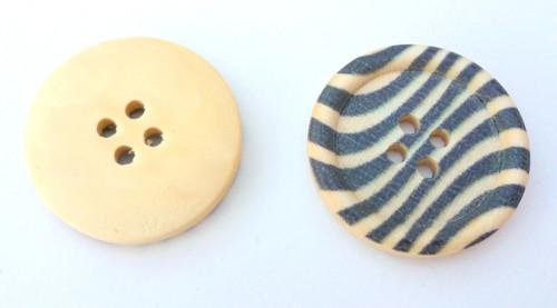 Round wooden Buttons - zebra stripe - 30mm