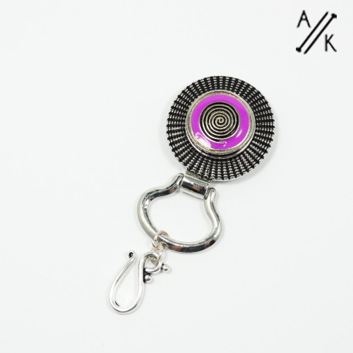 Magnetic Portuguese Pin | Atomic Knitting
