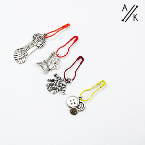Set of 4 knitters Bulb Stitch Markers | Atomic Knitting