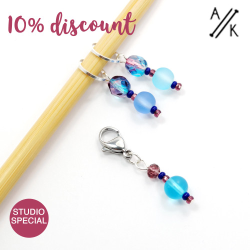 Set of 3 Azure Stitch Markers 7mm & Clip - Studio Special