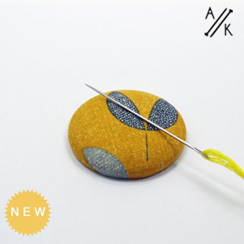 Magnetic Sewing Needle Minder - Seeds | Atomic Knitting