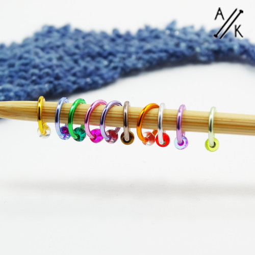 New! Tiny Bead Thin Halo Snag Free Stitch Markers - 4.5mm x 10 | Atomic Knitting