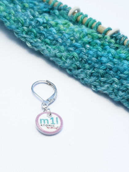 m1l stitch marker (shown with removable/6mm crochet clasp)