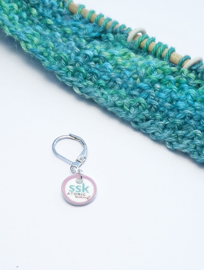 ssk stitch marker (shown with removable/6mm crochet clasp)