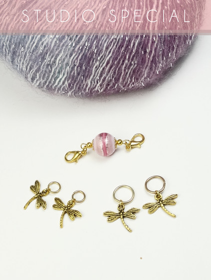 Pink Swirl Bead keeper with dragonfly stitch markers