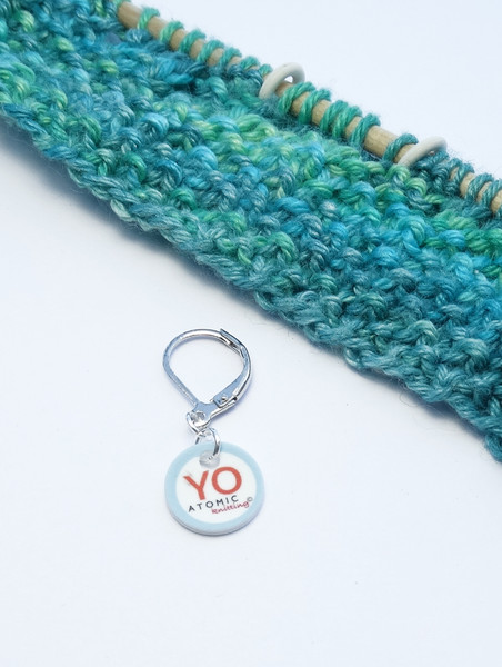 YO stitch marker (shown with removable/6mm crochet clasp)