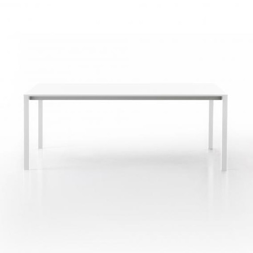 Kristalia be-Easy Fenix-NTM dining table