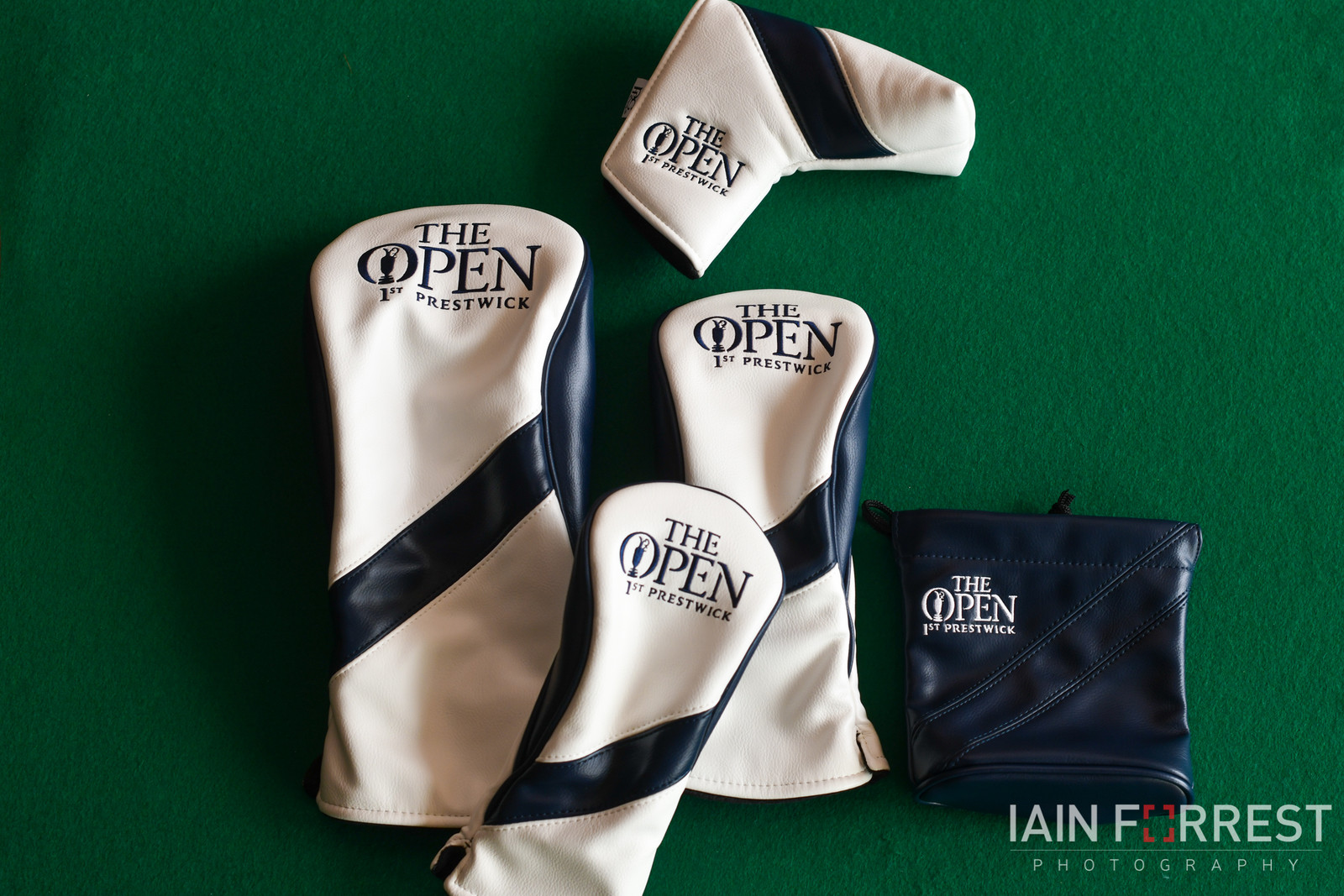 PRG Leatherette Headcover 1st Prestwick - (White/Navy)