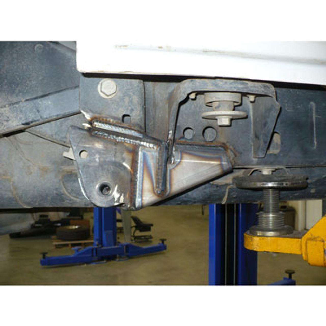 Installed Frame Side Rear Lower Control Arm Gusset Kit for JK