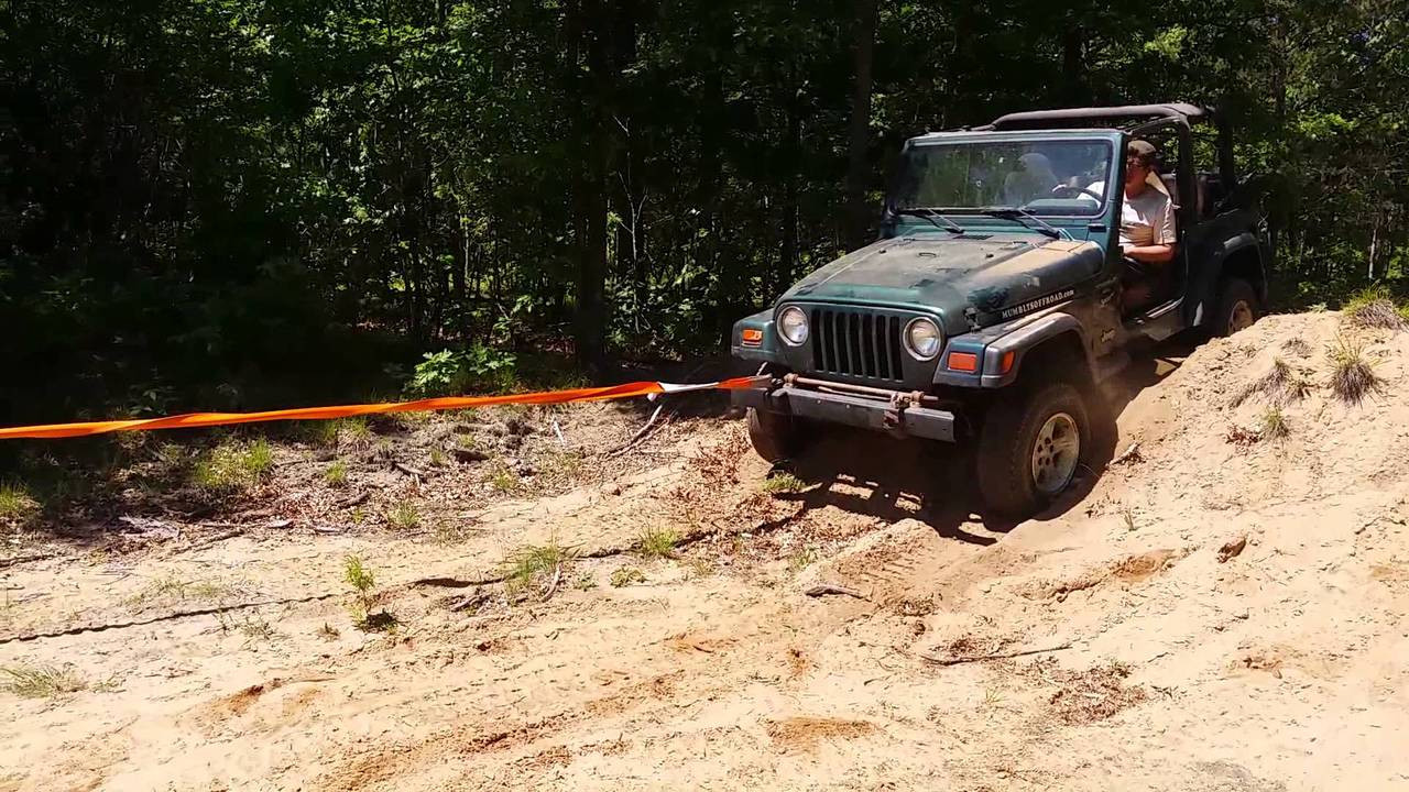 ARB Snatch Strap in use.