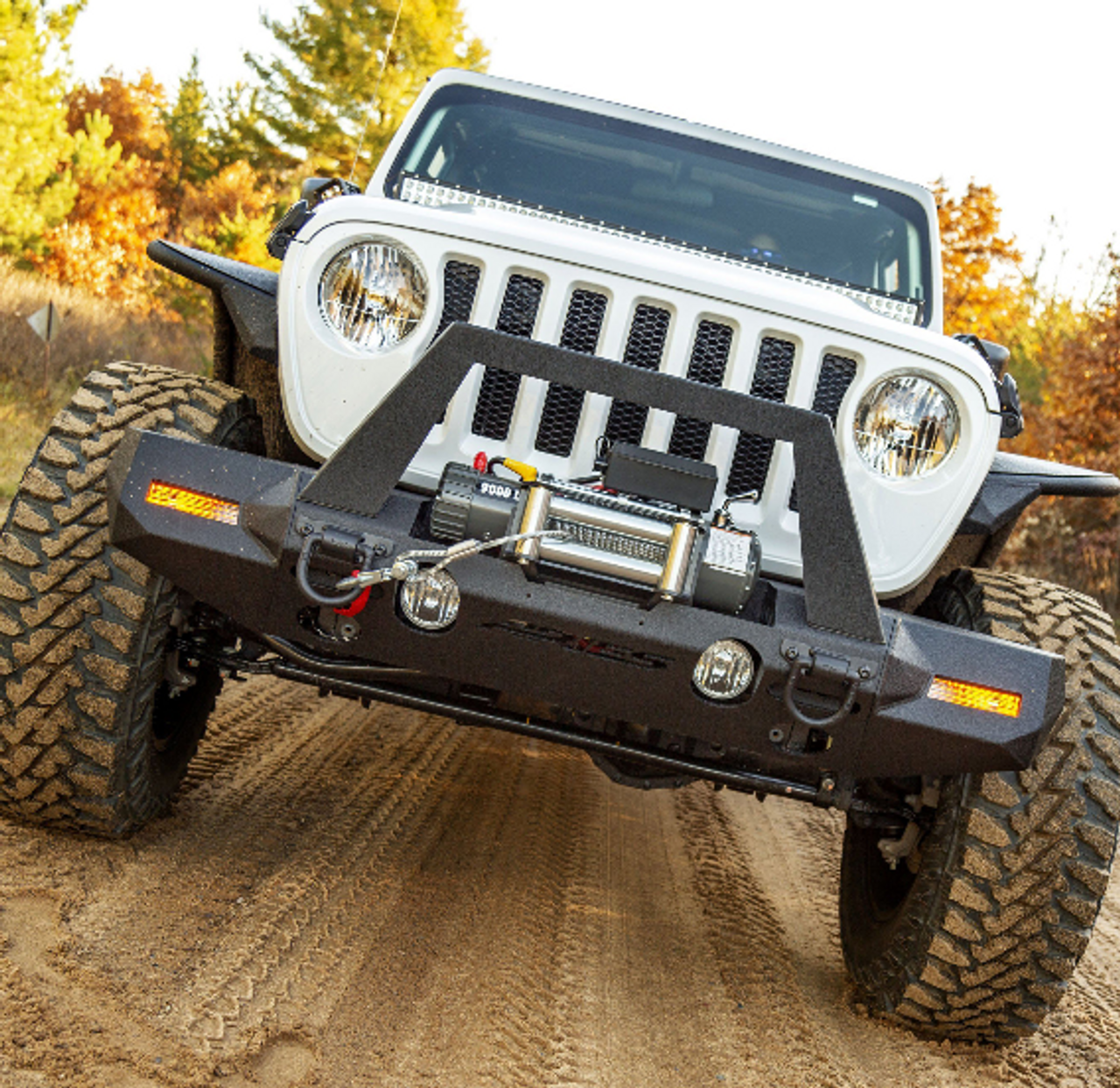 Aries 2082089 TrailChaser Front Bumper with Turn Signal Caps & Grille Guard in Steel for Jeep Wrangler JL & Gladiator JT 2018+