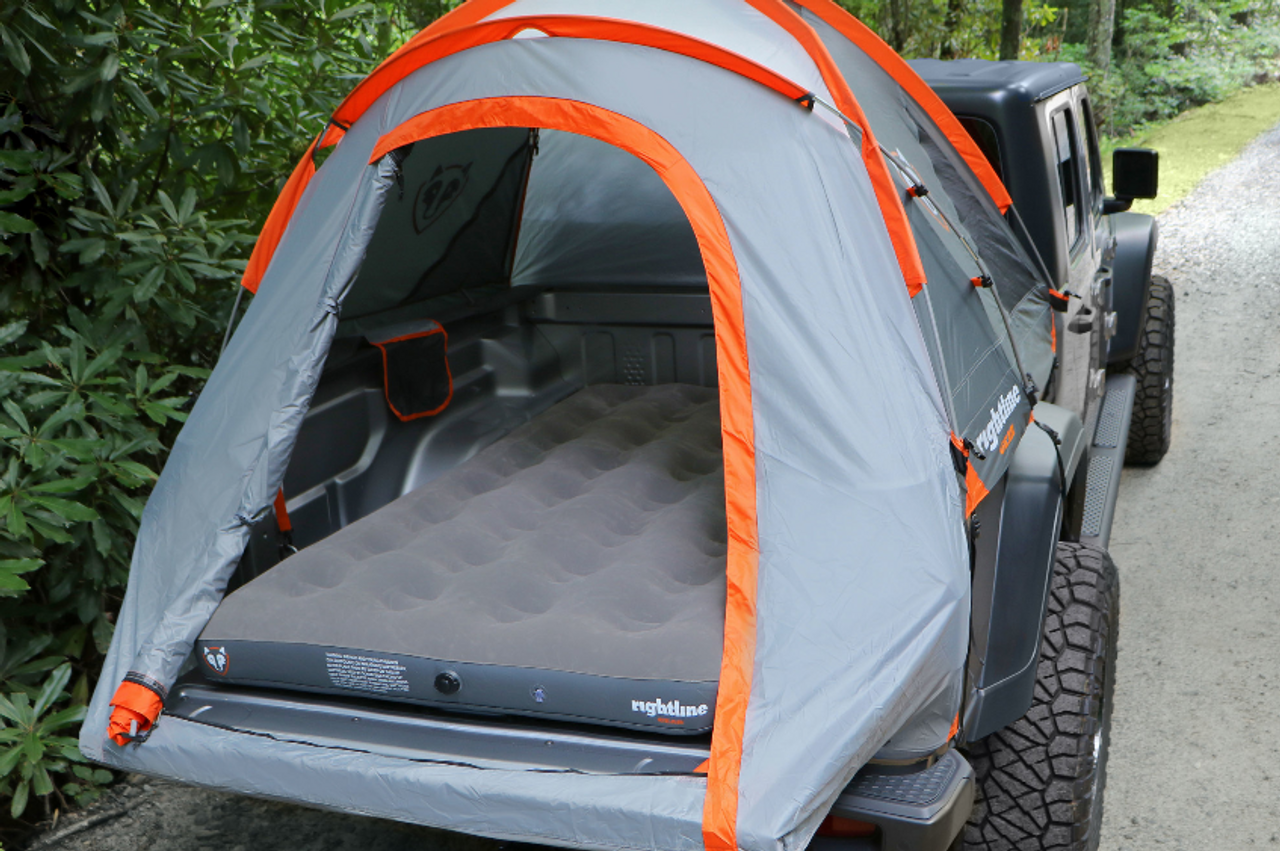 Rightline Gear 4x4 110M60 Truck Bed Air Mattress for Jeep Gladiator JT & Mid-Sized Trucks with 5-6' Bed