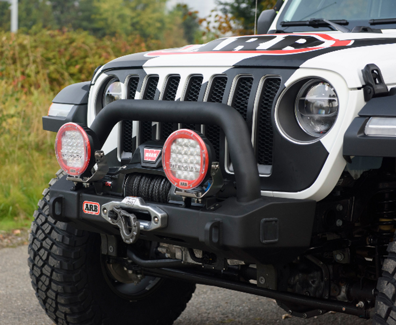 ARB 3450450 Deluxe Stubby Front Bumper for Jeep Wrangler JL & Gladiator JT 2018+